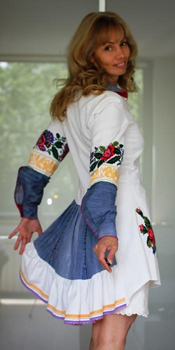 Сукня  із раритетної вишиванки