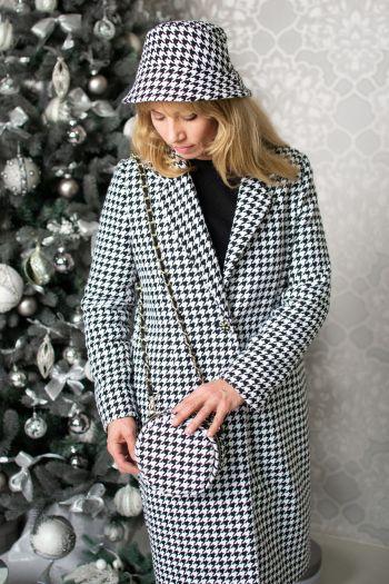 Пальто з твіду