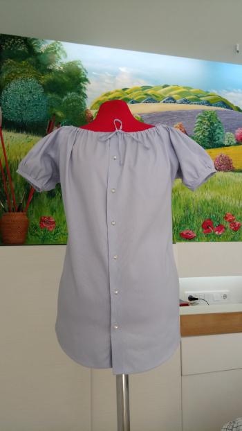 Блузка з чоловічої сорочки за декілька годин