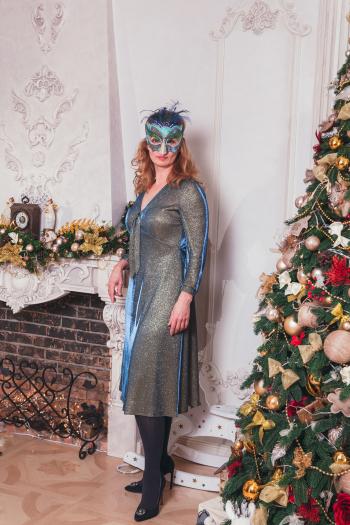 Новорічні сукня і маска для зустрічі і фотосесії Київського клубу