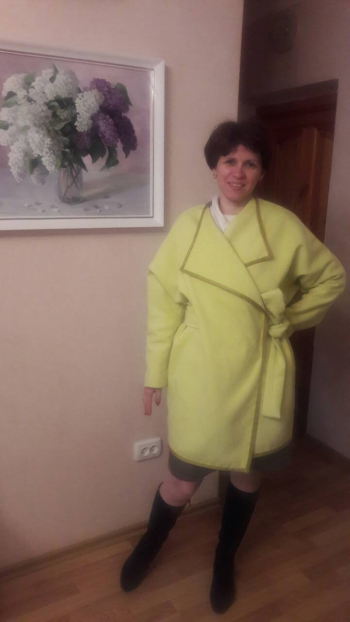 Жакет лимоного кольору
