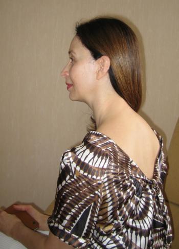 Блузка з цікавою спинкою