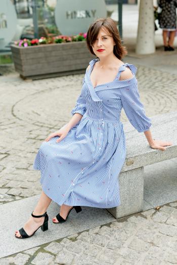 Сукня-сорочка до першого флешмобу у м.Дніпро