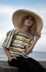 Блузка з вирізом каре - фото 1