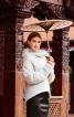 Пуловер із суцільнокроєним коміром - фото 1