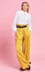 Блузка прямого крою з коміром-рюшем - фото 1