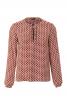 Блузка прямого крою з рюшами і оборками - фото 2