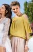Блуза простора з вирізами на плечах - фото 1
