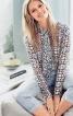 Блузка з коміром-стійкою і оборками - фото 1