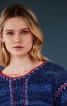 Пуловер в'язаний і з вишивкою - фото 4