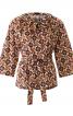 Блуза із застібкою поло і поясом - фото 2