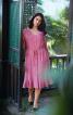 Сукня з V-подібним вирізом і воланами - фото 1