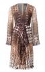 Сукня приталеного крою з рукавами-розтрубами - фото 2