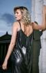 Сукня на бретелях і декольте на спинці - фото 4