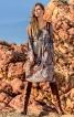 Сукня зі складками і рукавами-розтрубами - фото 1
