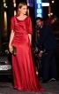 Довга сукня з імітацією шлейфу - фото 1