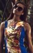 Сукня приталеного силуету з асиметричним вирізом горловини - фото 4