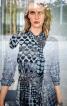 Сукня-сорочка з рукавами реглан-погон - фото 4