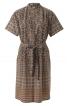 Сукня сорочкового крою з коміром-стійкою - фото 2