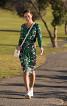 Сукня трикотажна з вирізами на спинці - фото 1