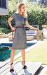 Сукня-футляр відрізна з рукавами-реглан - фото 1