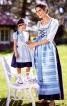 Сукня довга з вузьким ліфом і фартух  - фото 1