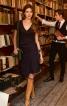 Сукня із V-подібним вирізом - фото 1
