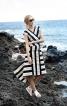 Сукня з міні-шлейфом - фото 1